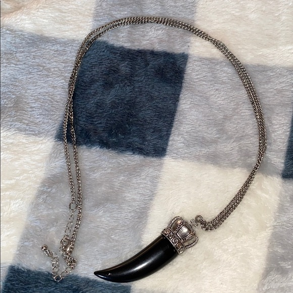 Jewelry - Black Tooth Necklace